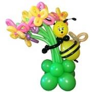 Фигуры из воздушных шаров Пчела с букетом от фирмы Шар-MSK